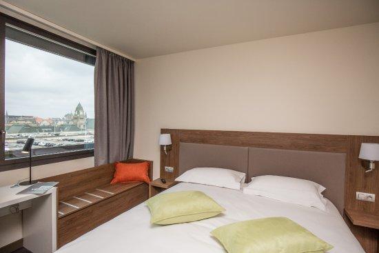 Campanile metz centre gare hotel france voir les for Chambre 13 hotel