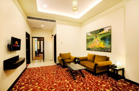 Hotel kapish smart updated 2017 reviews price for F salon jaipur prices