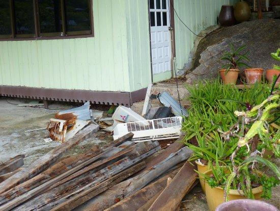 Koh Nang Yuan : Schrott auf der Insel, wo ist der Naturschutz?