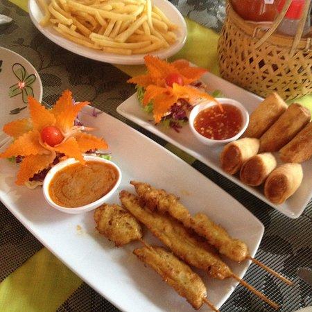 Super leckeres Thaifood! Auch das Auge isst mit :)