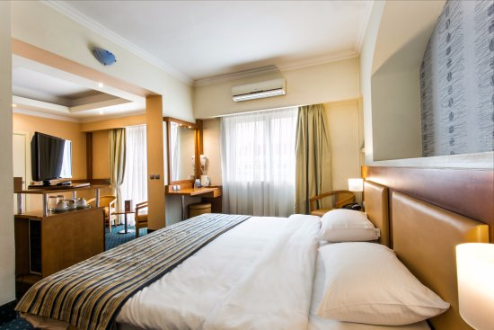 Athens Cypria Hotel: Junior Suite