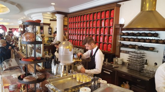 Bild von caffe degli specchi triest - Caffe degli specchi ...