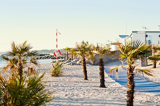 Tropical beach, only 5 min walk from Helsingborg city centre