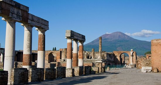‪Visit Pompeii - Guided Day Tours‬