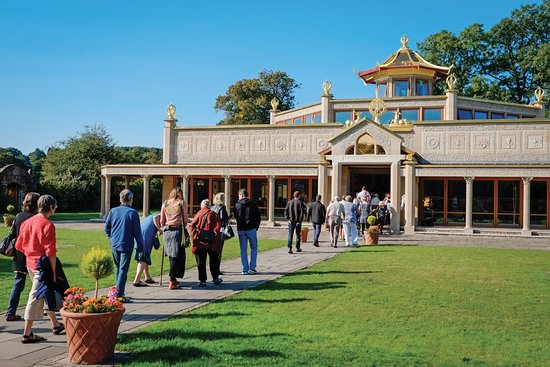 Ulverston, UK: Kadampa Temple for World Peace