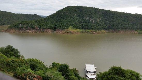 Jozini, Sudáfrica: 20170411_075644_large.jpg