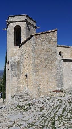 Oppede, Prancis: église médiévale d'oppède le vieux