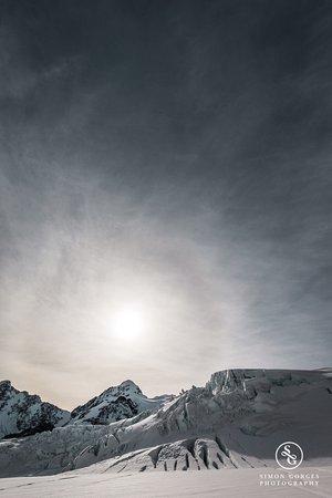 Mt. Cook Village, New Zealand: Mt Cook Scenic Flight and Tasman Glacier Landing - Ice Cold!