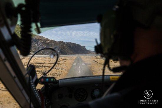 Mt. Cook Village, Nieuw-Zeeland: Mt Cook Scenic Flight and Tasman Glacier Landing - Welcome Back!