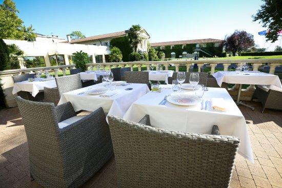 Margaux, Frankrike: Terrasse du restaurant