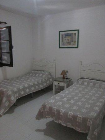 Sypialnia Picture Of La Laguneta Apartments Puerto Del