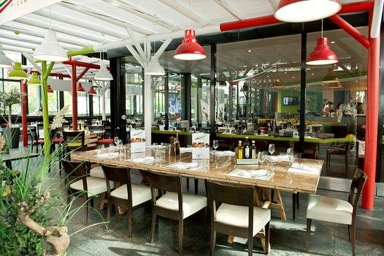 Cointrin, Suisse : Terrasse intérieure
