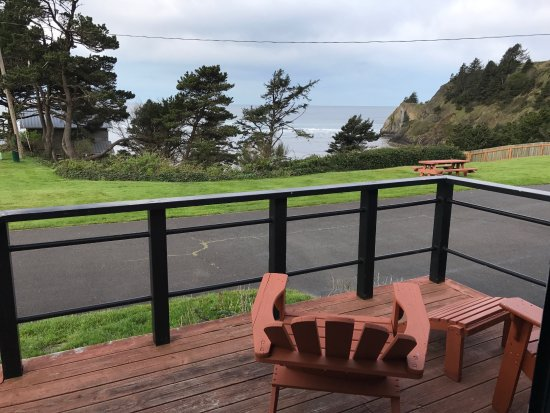 Agate Beach Motel: View from deck.