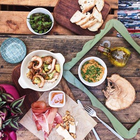 Barbosa Bar & Kitchen