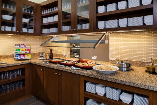 Hyatt Place Portland - Old Port: Complimentary Gallery Kitchen Breakfast included in your room