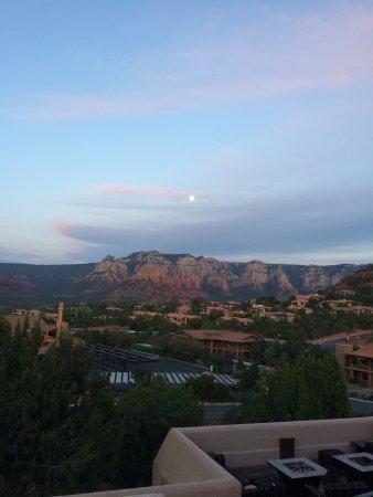 Best Western Plus Inn of Sedona: moonrise