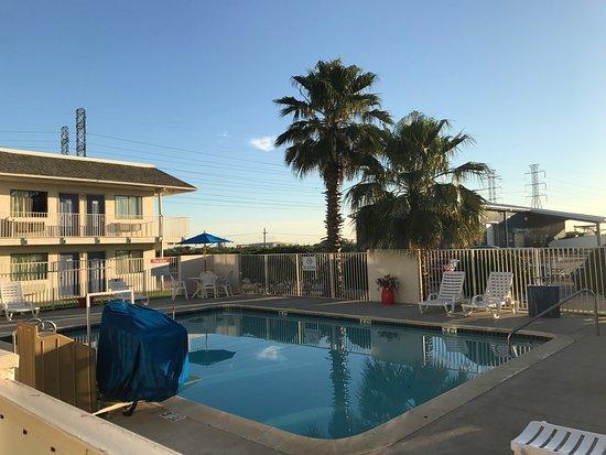 Motel 6 Galveston: Pool