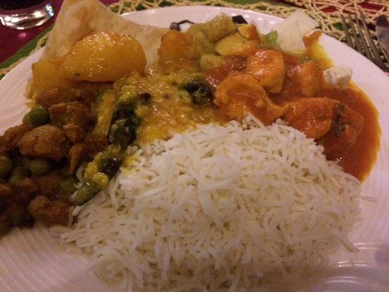 The Pind : Food from the buffet