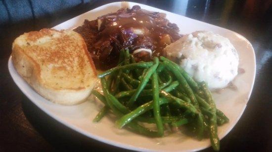 Purcell, Оклахома: Cheesy hamburger steak