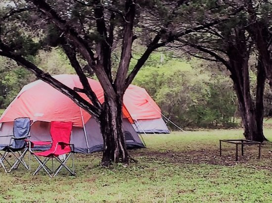 Canyon Lake, TX: Tent Camping at Mystic Quarry - A Cruise Inn Park