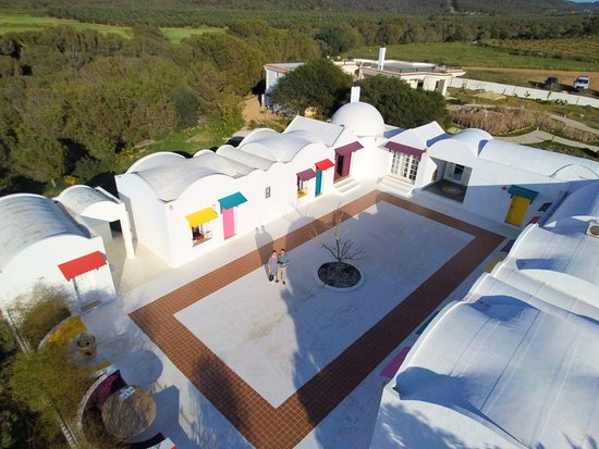 Autre Tunisie Day Tours : Rural Guest House (Palace of Olives)