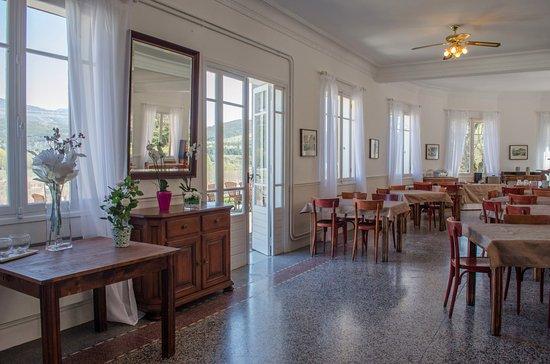 Saint-André-les-Alpes, Francia: Hôtel Lac et Forêt - Salle à manger