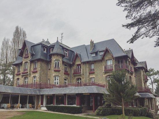 Le Castel Marie-Louise Photo