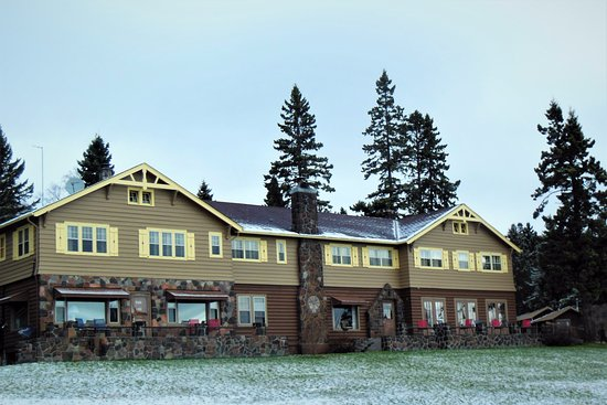 Lutsen, MN: Historic Cascade Lodge