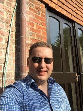 Francesco's Windsor: Sunny day out
