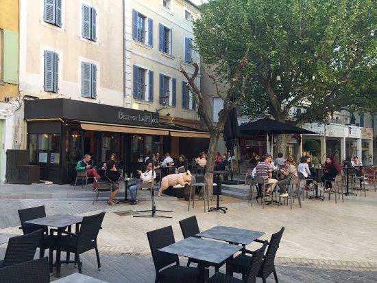 Карпентра, Франция: Bistrot La Place