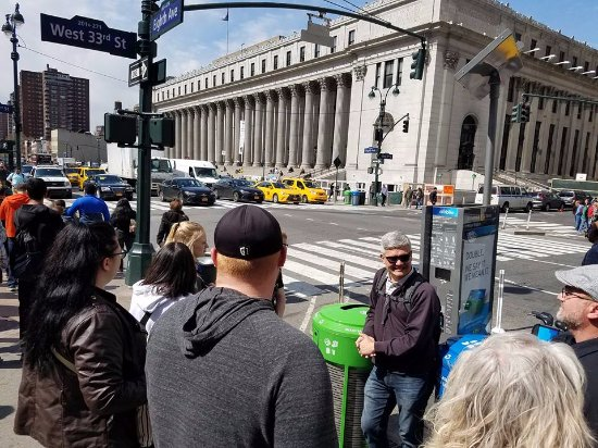 Real New York Tours: Lawrence shares an IMMENSE amount of interesting details about NYC with our group.
