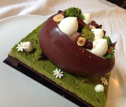 Photo of French Restaurant La Pâtisserie by Cyril Lignac at 24 Rue Paul Bert, Paris 75011, France