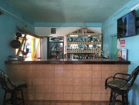 Laborie, St. Lucia: Restaurant bien situé!