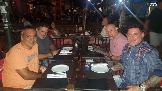 Bartok Bar: cena de amigos