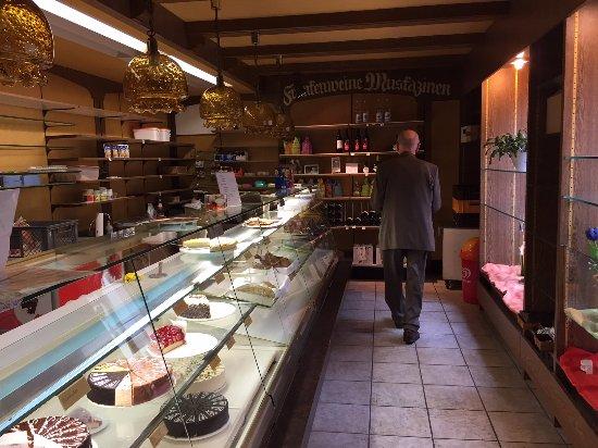 Dettelbach, Niemcy: Kuchentheke Café Achtmann