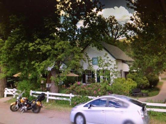 Pine, AZ: Randall House Restaurant. Lovely setting, great food!