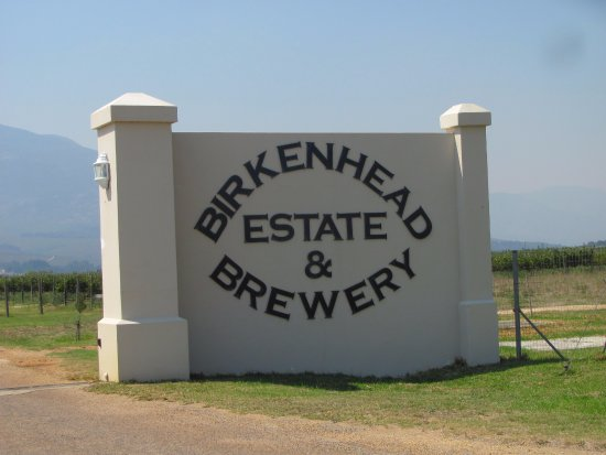 Walkerbay Estate and Birkenhead Brewery : Gates
