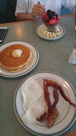 Woodhaven Pancake House: Amazing pancakes....