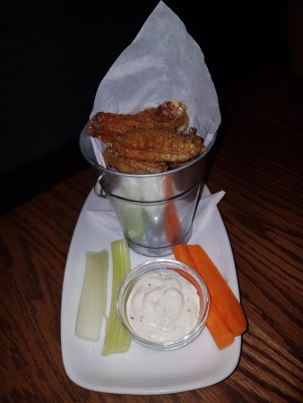 Airdrie, Canada: Salt and pepper wings