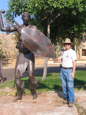 Kasane, Botswana: statue