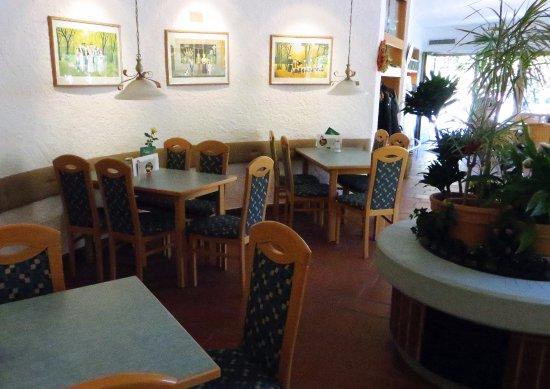 Sonthofen, Alemania: Cafe Minigolf Gastraum