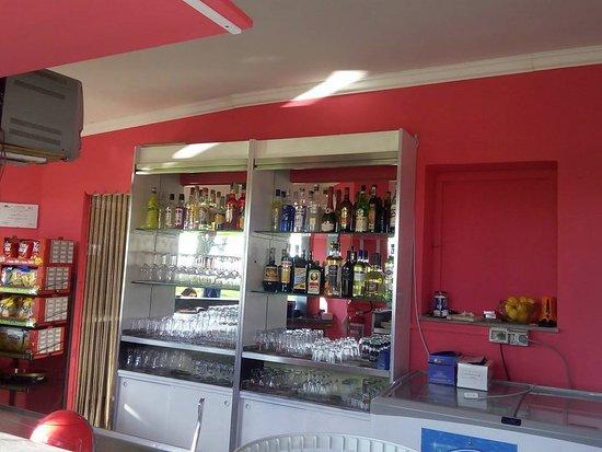 Latera, Italy: il bar