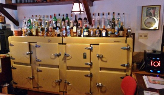 Nueva Helvecia, Uruguay: Old bar fridge, still working