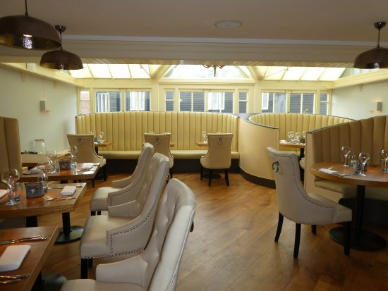 Great Dunmow, UK: dining area downstairs