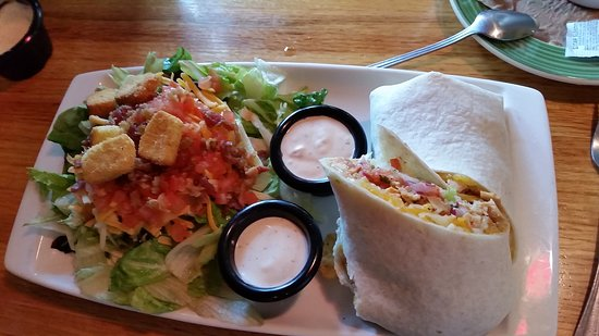 Maryville, MO: Lunch at Applebee's