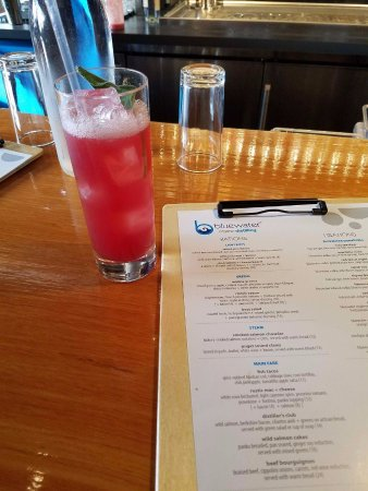 Everett, WA: This pomegranate sage drink was delish! Also had the Mountaineer gin cocktail - awesome too!