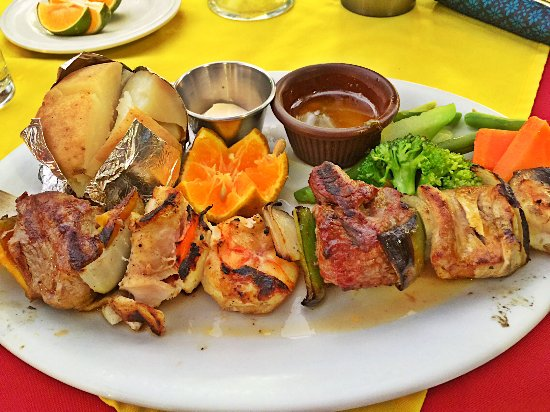El Velero Restaurant : BBQ Wednesday with Beef, Fish, and Shrimp