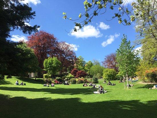 Jardin lecoq photo de jardin lecoq clermont ferrand tripadvisor - Abri jardin fer clermont ferrand ...