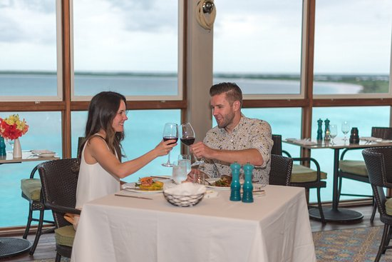 Marsh Harbour, Great Abaco Island: Dining at The Cliff House