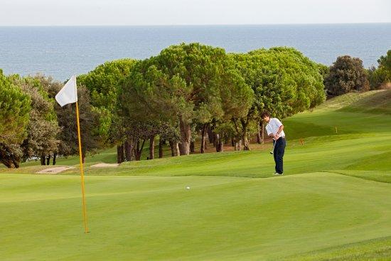 Sant Andreu de Llavaneres, إسبانيا: Green 13 - Club de Golf Llavaneras